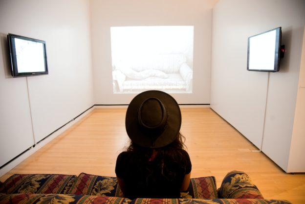 Perceiving art